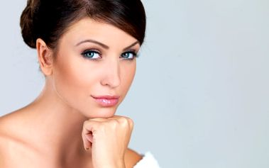 Až 90min. kosmetické ošetření pleti včetně čištění ultrazvukovou špachtlí na Praze 2
