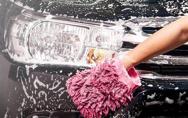 Precizní ruční mytí interiéru i exteriéru auta