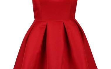 Červené šaty se skládanou sukní Chi Chi London Marley