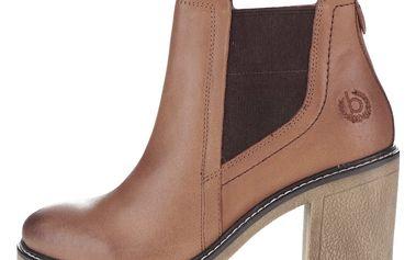Hnědé dámské kožené kotníkové boty na podpatku bugatti Adina
