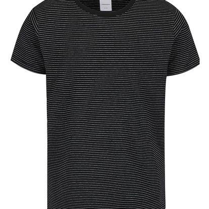 Černé pruhované triko s krátkými rukávy Lindbergh