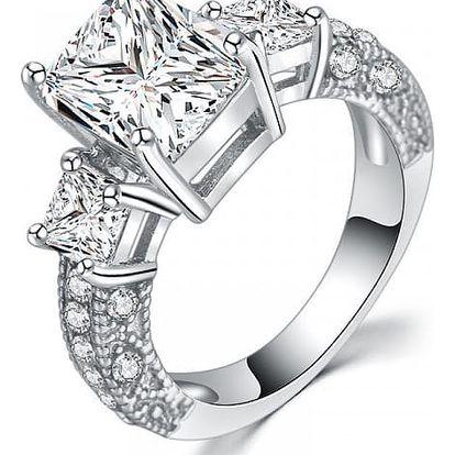 Dámský prsten osázený čirými kamínky - 4 velikosti