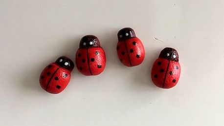 Mini 3D berušky 4 ks 1,3 x 1 cm