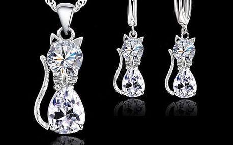Elegantní set náušnic a náhrdelníku s přívěskem kočky