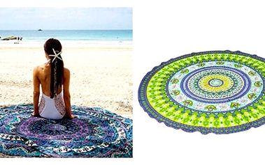 Velkýplážovýšátekve tvaru kruhu si zamilujete. Využijete ho nejen na dovolené u vody poslouží také jako šátek přes plavky i k relaxaci na trávě.