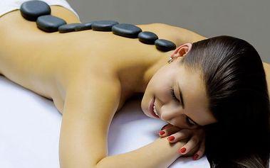 Uvolňující masáž zad a šíje s lávovými kameny