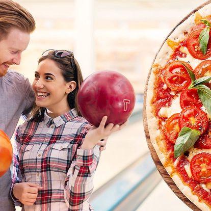 Pizza a hodina bowlingu