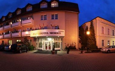 3denní romantický pobyt pro dva v luxusním Parkhotelu Morris, polopenze, masáže, zábaly, sauna.