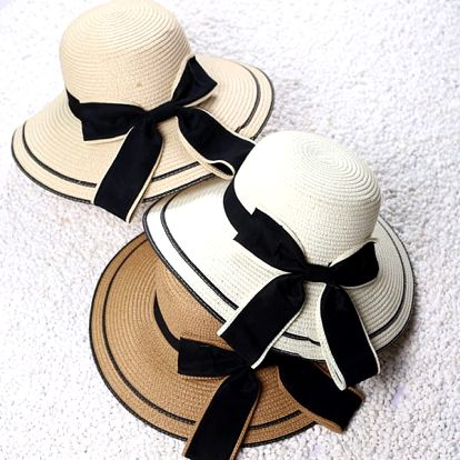 Dámský slaměný klobouk se stuhou