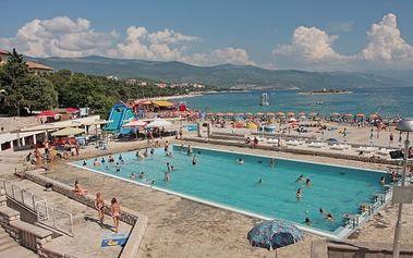 Chorvatsko - Novi Vinodolski: 8 dní v hotelu pro 1 osobu s polopenzí, dítě do 6 let zdarma