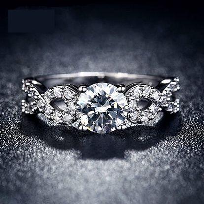 Dámský prstýnek s čirými kamínky a znakem nekonečna - 4 velikosti