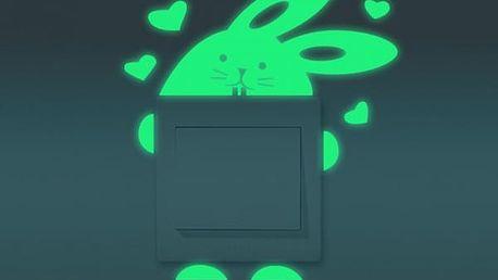 Svítící samolepka na vypínač - králíček