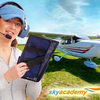 Pilotem letadla na zkoušku v letecké škole Sky Academy v Příbrami na 20 nebo 30 minut