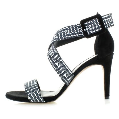 Černo-bílé sandály Tamaris 28360