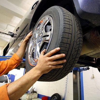 Profesionální přezutí pneumatik z Yes pneu servisu - rychloservisu. Otevřeno v sobotu i v neděli.