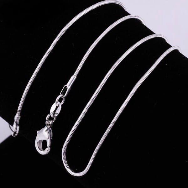Tenký řetízek stříbrné barvy - různé délky