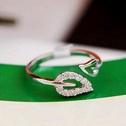 Prsten s lístečky - 2 barvy - dodání do 2 dnů