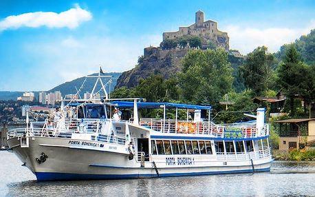 Celodenní výlet do Českého Švýcarska s plavbou lodí do Hřenska pro 1 osobu