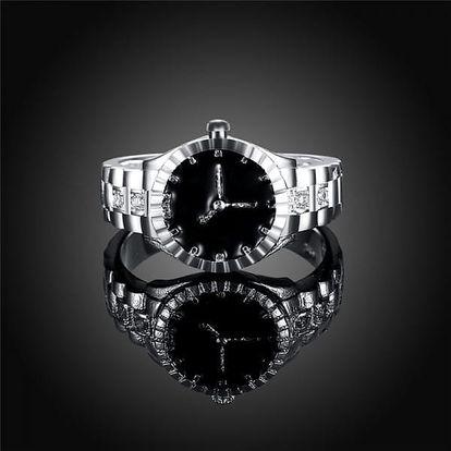 Prsten v designu hodinek