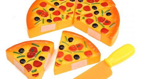 Plastová hračka pro děti v podobě pizzy s nožem