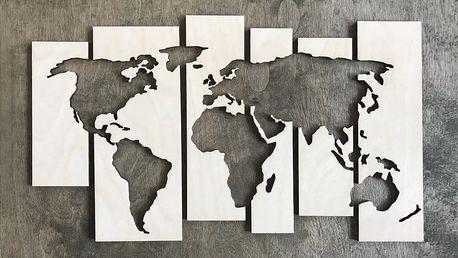 Mapa světa ze dřeva