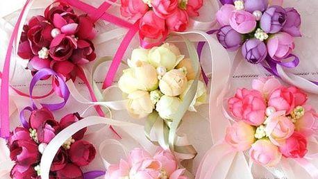 Zápěstní květina pro družičky