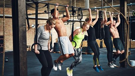 Efektivní cvičení s trenérem v Barbar Gymu