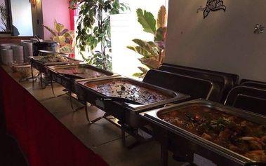 Indické hody pro 2 osoby včetně nápoje v restauraci Taj Mahal