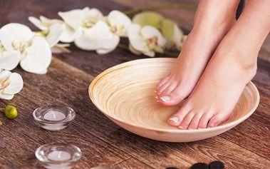 Mokrá pedikúra včetně relaxační masáže