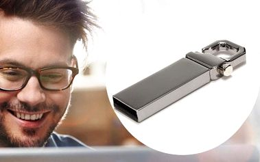 USB flash disk s kapacitou 32GB