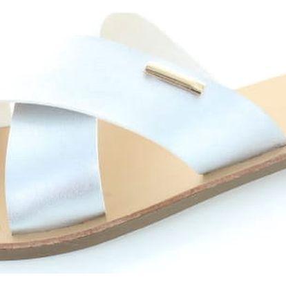 Stříbrné pantofle Krista