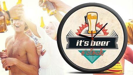 Nástěnné hodiny s motivem piva