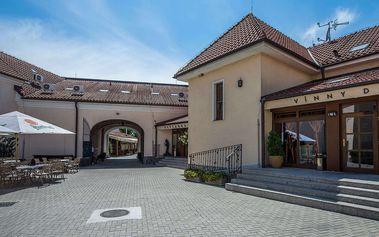 Pobyt ve stylovém zámečku Chateau Krakovany plný relaxu a výborného jídla
