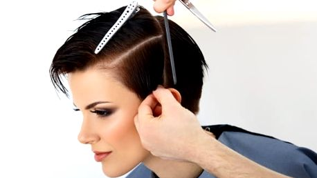Pánský či dámský kadeřnický balíček pro všechny délky vlasů - mytí, střih, foukaná a styling