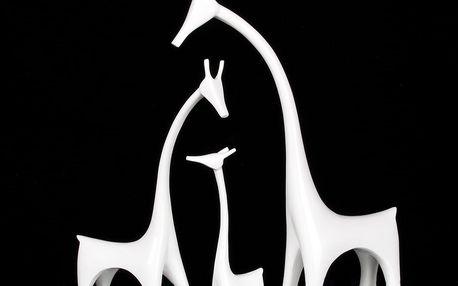 Sada tří žirafích sošek