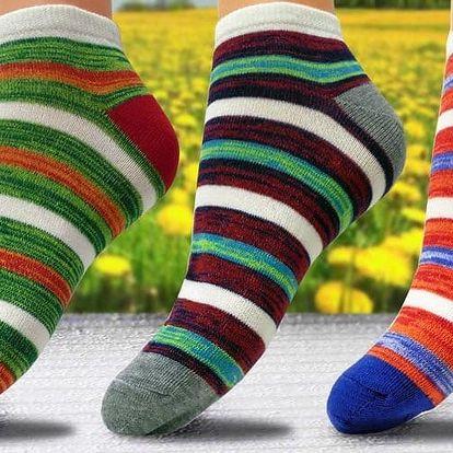 Stylové dámské pruhované ponožky