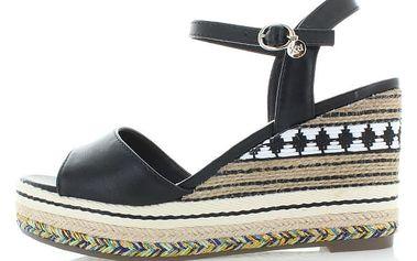 Černé platformové sandály XTI 46766