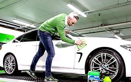 Ruční mytí exteriéru vozu včetně voskování a mytí kol nebo ruční mytí interiéru vozu v Praze.