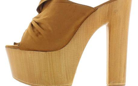 Skořicové pantofle Estela