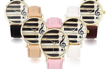 Analogové hodinky s hudebními motivy