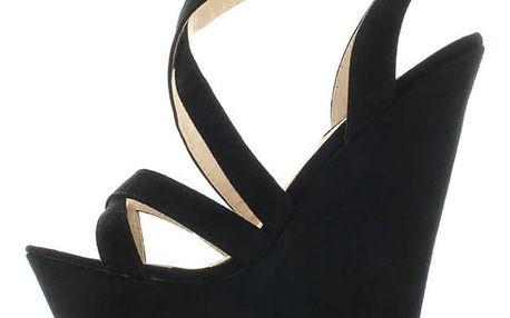 Černé platformové sandály Cruisala