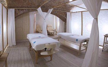 Párový wellness balíček: Masáže, sauna a drink