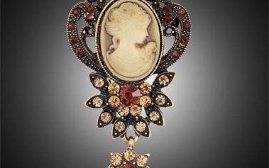 Starožitná kamej ve zlaté nebo stříbrné barvě