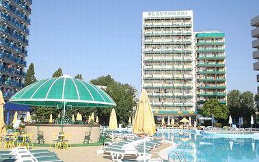 Bulharsko - Slunečné Pobřeží na 8 až 13 dní, polopenze nebo snídaně s dopravou letecky z Bratislavy