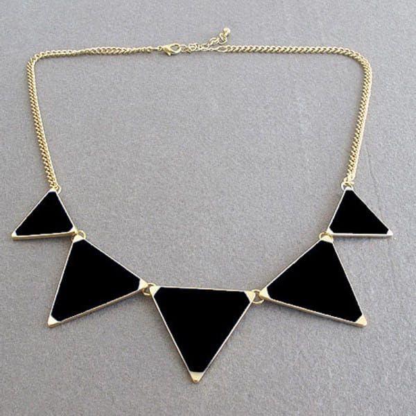 Módní Basic náhrdelník - více barev