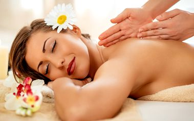 Hodinová uvolňující masáž pro tělo a mysl