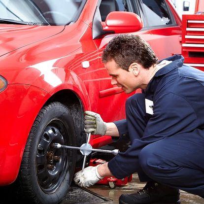 Přezutí všech kol na osobním voze s možností montáže a demontáže pneumatik z disku v Praze