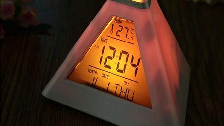 Digitální budík s datem a teplotou - Pyramida měnící barvy