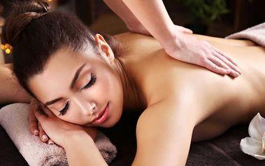 Hodinová detoxikační masáž se zábalem