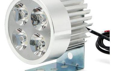 LED světlomet
